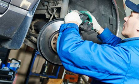 Mechanics for Auto Repair and Diesel Repair